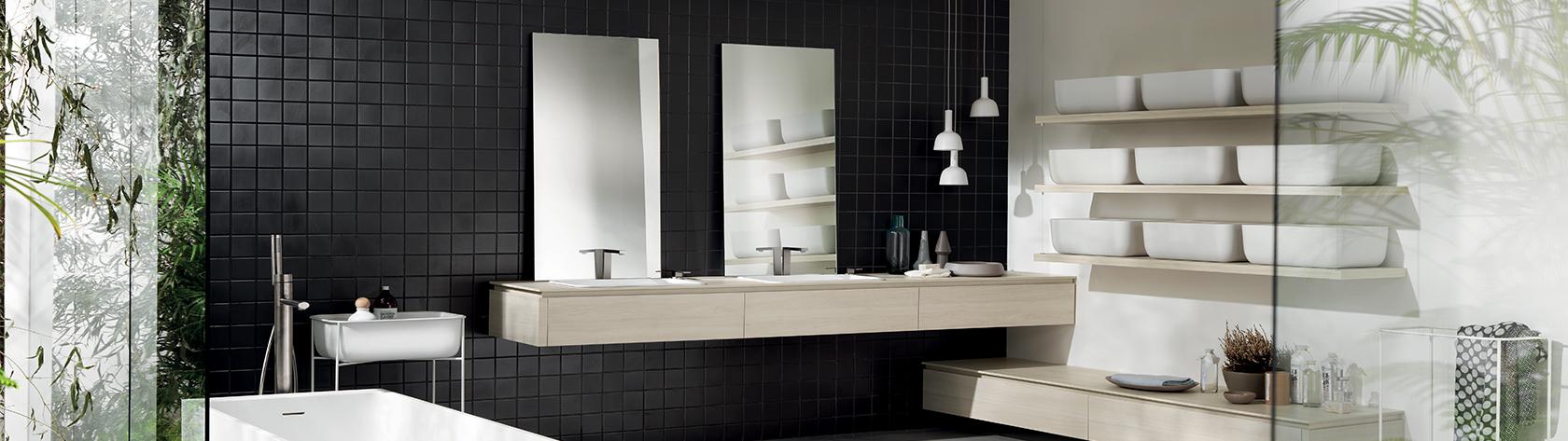 Mensole utili piani di appoggio in bagno sanna mobili for Piani del bagno seminterrato